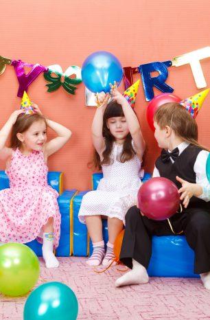 Quelques bonnes idées pour organiser l'anniversaire de votre enfant en hiver
