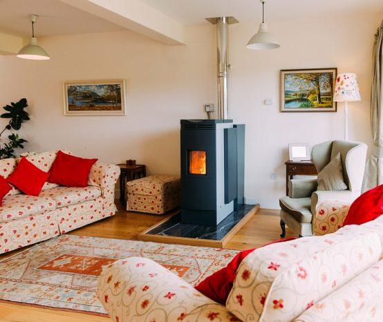 Quelle est la différence entre un poêle au bois et un chauffage électrique ?