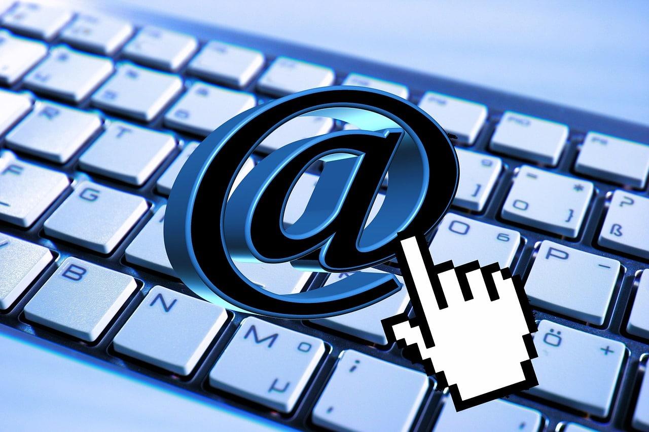 Hotmail ou Outlook ? Choisir sa boite mail