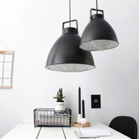 quelques astuces d 39 eclairage pour votre cuisine striana. Black Bedroom Furniture Sets. Home Design Ideas